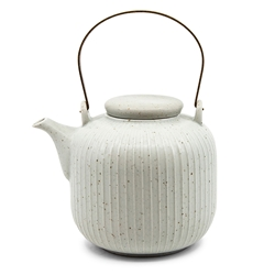 Caro Tea Pot - 1 litre