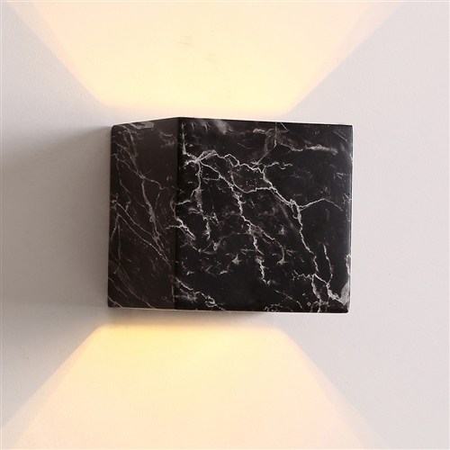 Home Design Cubo Wall Light - Black